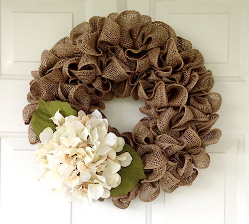 simple burlap wreath tutorial video