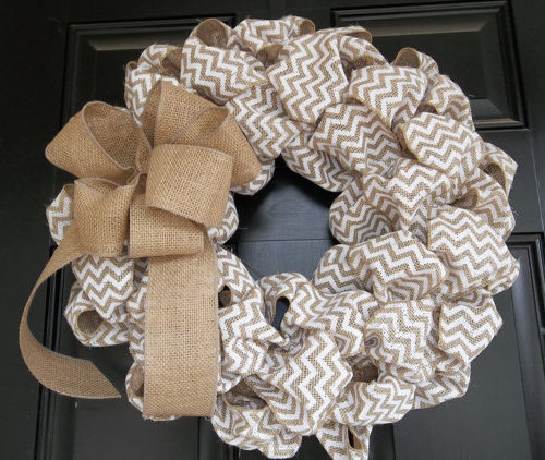 Burlap straw mesh wreath
