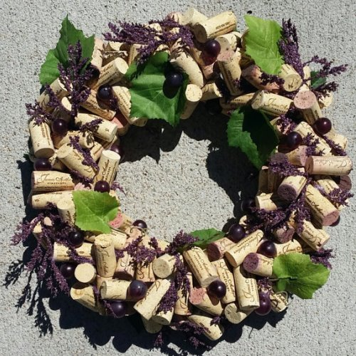 cork wreath grapes