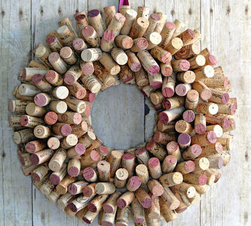 2 Easy Cork Wreath Tutorials (Video)