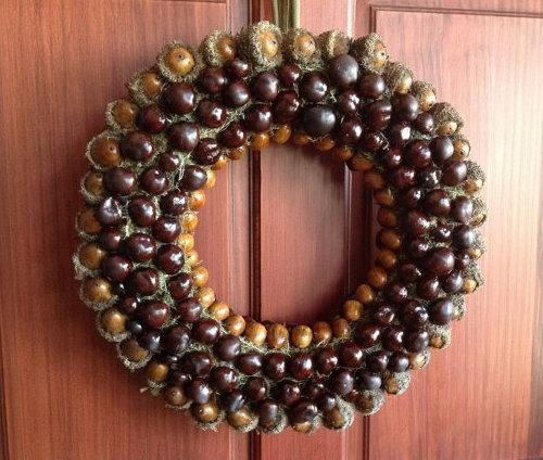fall nut wreath idea