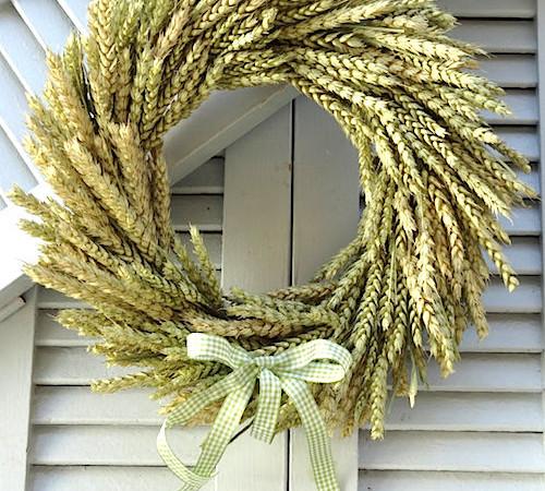 How to Make a Fall Wheat Wreath Tutorial