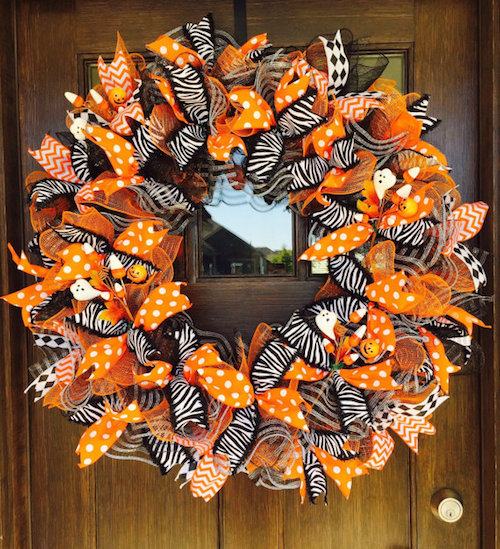 How to make a halloween mesh ribbon wreath video - Interesting diy halloween wreaths home ...