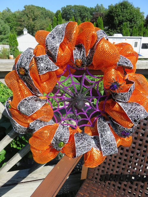 halloween_mesh_ribbon_wreath_holiday