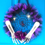 How to Make a Tulle Halloween Spider Wreath (Video)