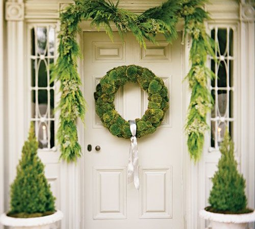 moss wreath entrance