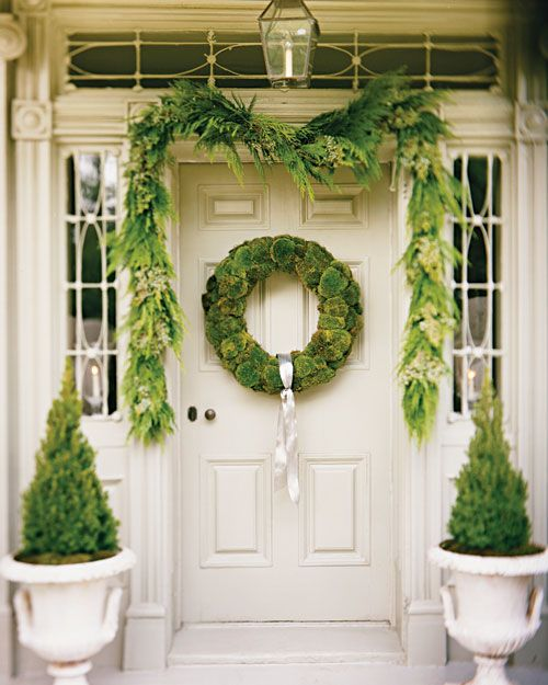 How to Make a Moss Wreath & Display Ideas (Video)