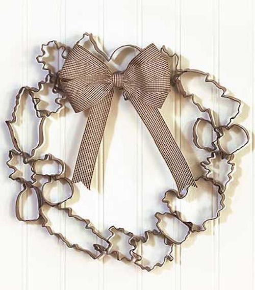 Metal cookie cutter wreath