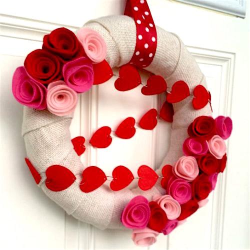 burlap wreath valentine-wreaths-roses