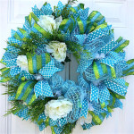 Spring Wreath Ideas: How to Make a Deco Mesh Wreath