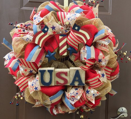 How to make a wreath for memorial day for Burlap wreath with lights