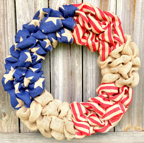 Patriotic decorations how to make a burlap wreath for Burlap wreath with lights