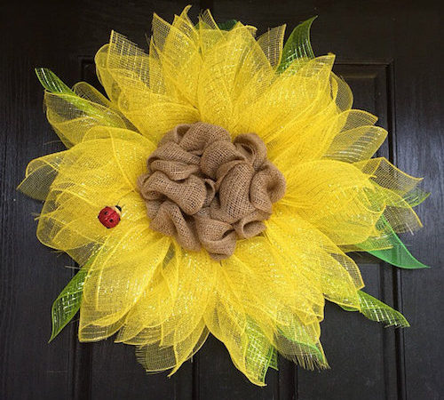 Summer Wreaths: How to Make a Sunflower Wreath