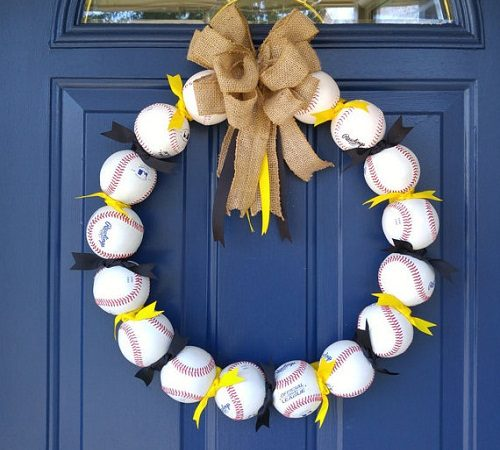 Summer Wreaths: How to Make Baseball Decorations Wreaths