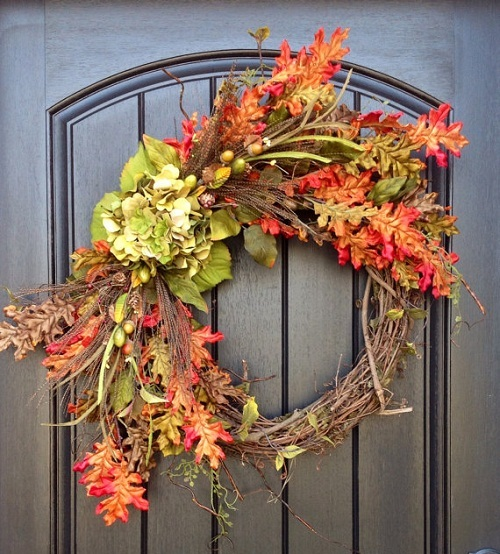 Grapevine Wreath | Outdoor Fall Decorating Ideas To Kick Off The Holiday Season