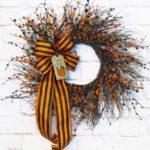 How to Make a Halloween Grapevine Wreath