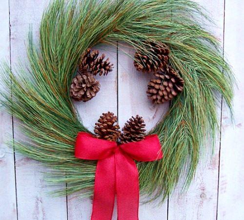 How to Make Life-Like Artificial Christmas Wreaths