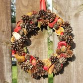 How to Make a Natural Dried Fruit Wreath