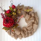 How to Make a Christmas Burlap Wreath