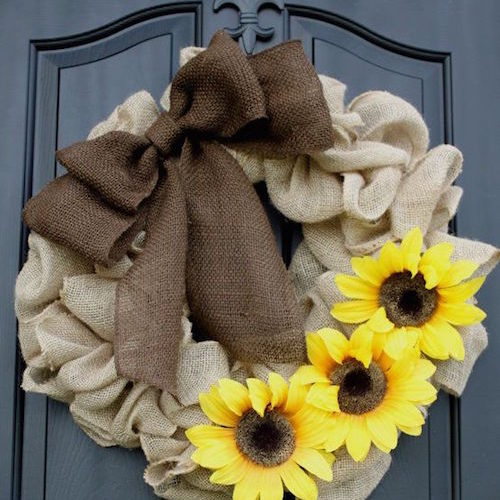 Burlap Wreath Tutorial for Beginners (Video)