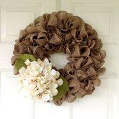 Simple Burlap Wreath Tutorial (Video)