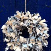 How to Make a Muslin Rag Wreath (VIDEO)